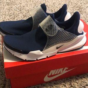 Women's Nike Sock Dart Size 8